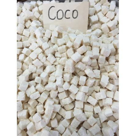Coco Deshidratado en Dados